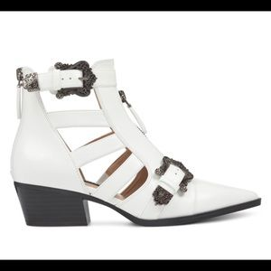 NineWestWomenCarrilloPointe ToeAnkleFashion Boots